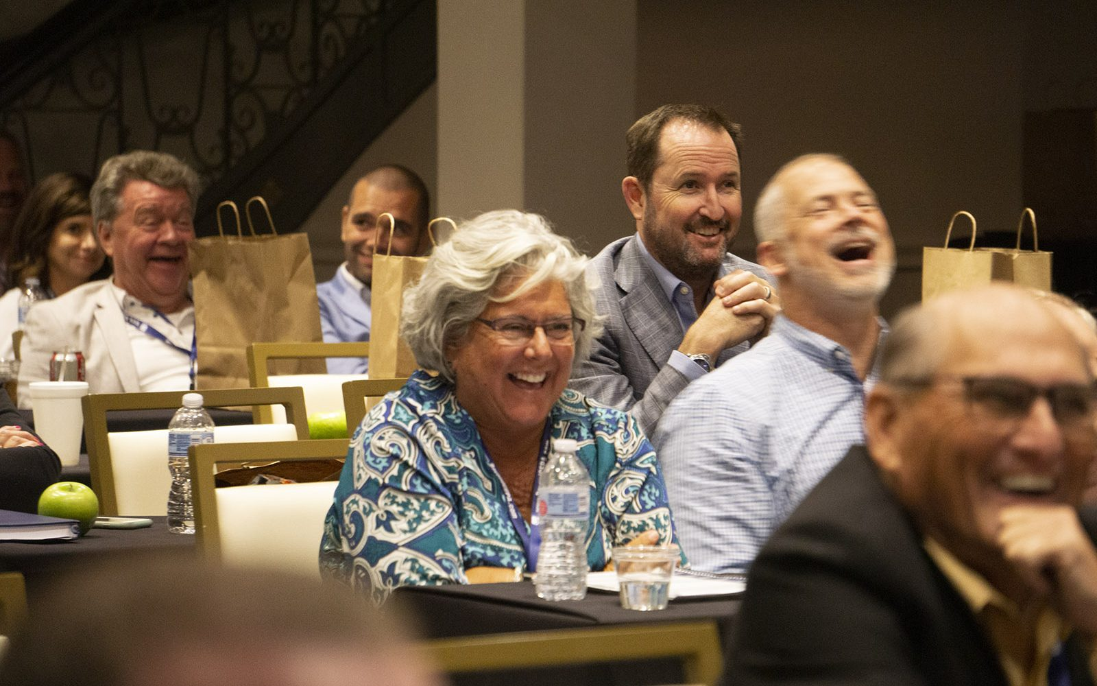 slideshow_attendees-laughing